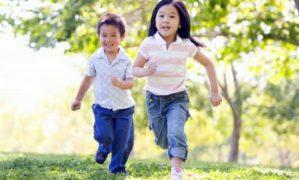 Trăn trở sân chơi cho trẻ em