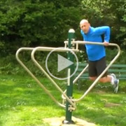 Outdoor-gym-equipment---Push-Up-Dip-Station