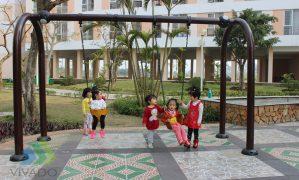 Hoạt động vui chơi ngoài trời cho trẻ