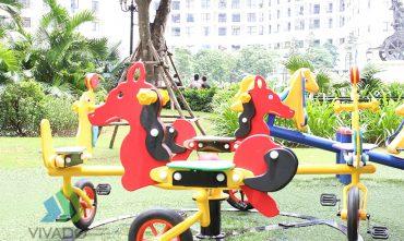 Sân chơi R1-R4 Royal City (Hà Nội)