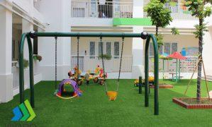 Sân chơi bổ ích cho trẻ em vùng cao ngày hè