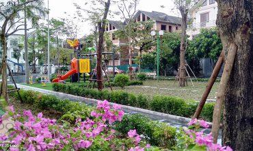 Sân chơi BT8 – KĐT Việt Hưng