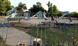 Công viên tiền tỷ xuống cấp nghiêm trọng