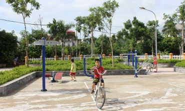 Sân chơi cộng đồng tổ dân phố 8 – P. Ngọc Thụy, Q. Long Biên