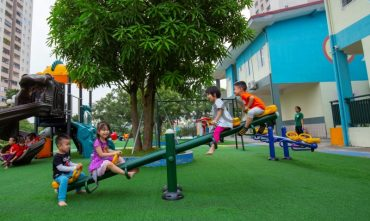 Sân chơi trường mầm non Hạt Dẻ Cười (Smiling Chestnut Kindergarten)