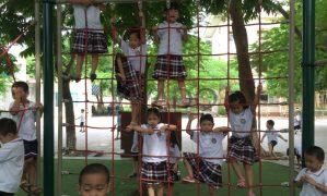 Xây dựng sân chơi vận động thể chất cho trường tiểu học